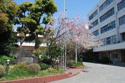 東京都立 両国高等学校 附属中学校校舎